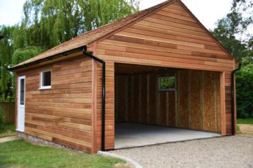 Строительство гаража на даче