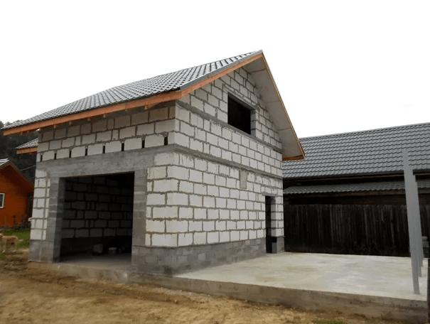 Гараж с мансардой – конструкция из пеноблоков