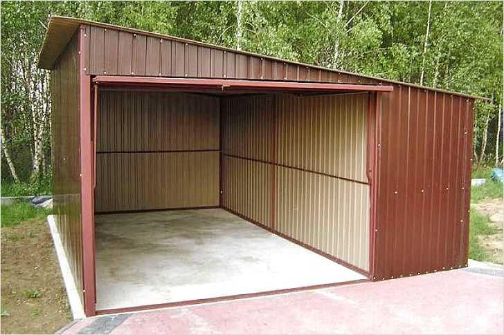 Покраска крыши гаража